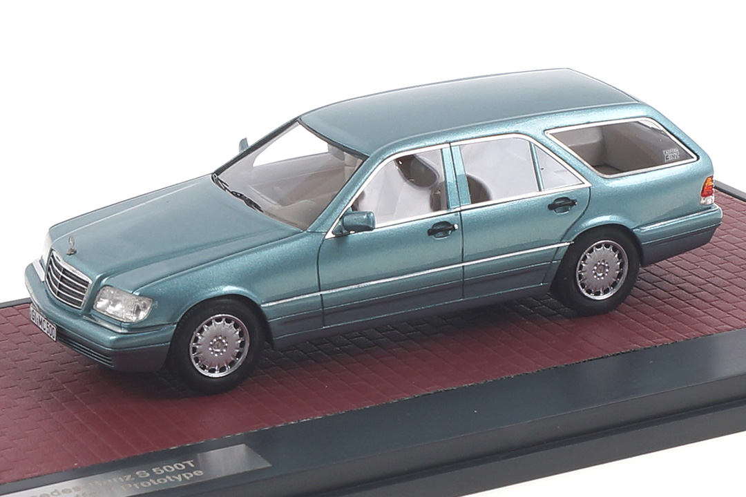 Mercedes-Benz Binz Cadform S140T blau met. Matrix 1:43 MX51302-221