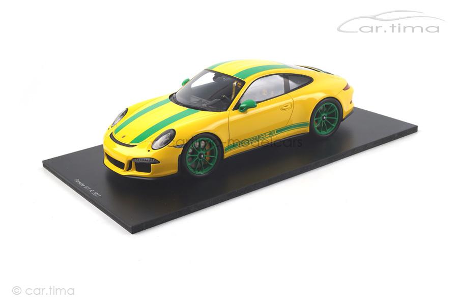 Porsche 911 (991) R Racinggelb/Dekorstreifen grün Spark 1:18 18S259