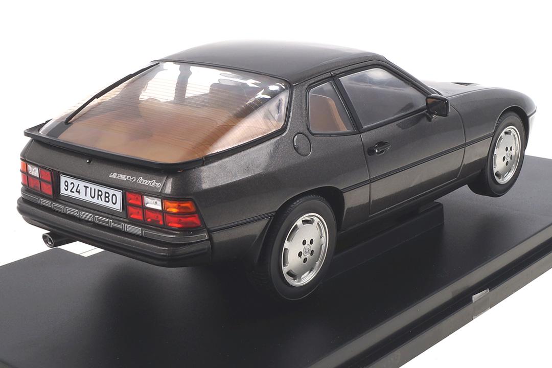Porsche 924 Turbo grau MCG 1:18 MCG18193