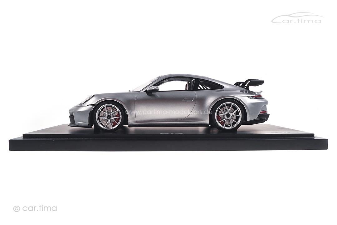 Porsche 911 (992) GT3 GT-silber Minichamps 1:18 WAP0211510M004