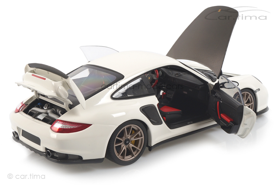 Porsche 911 (997 II) GT2 RS 2011 weiß Minichamps 1:18 100069400
