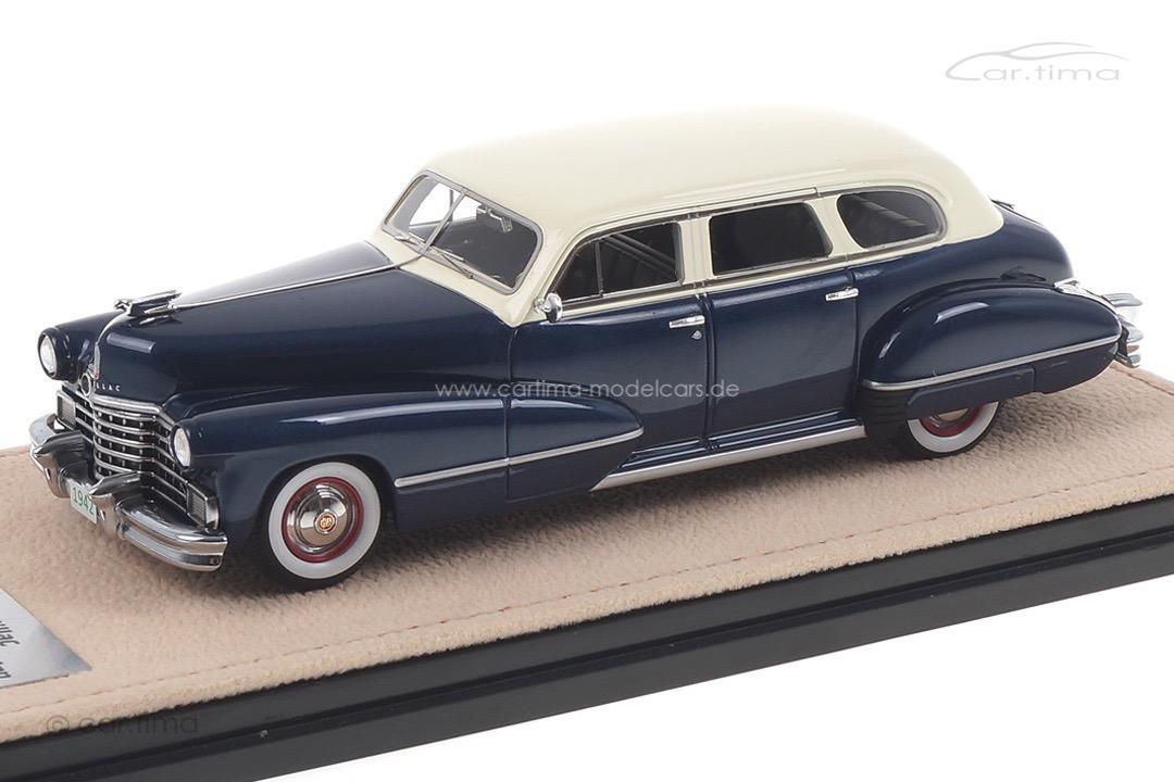 Cadillac Series 67 blau/weiß Stamp Models 1:43 STM42802