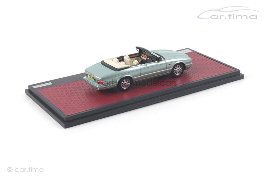Daimler Corsica Concept blau met. Matrix Scale Models 1:43 MX50402-031