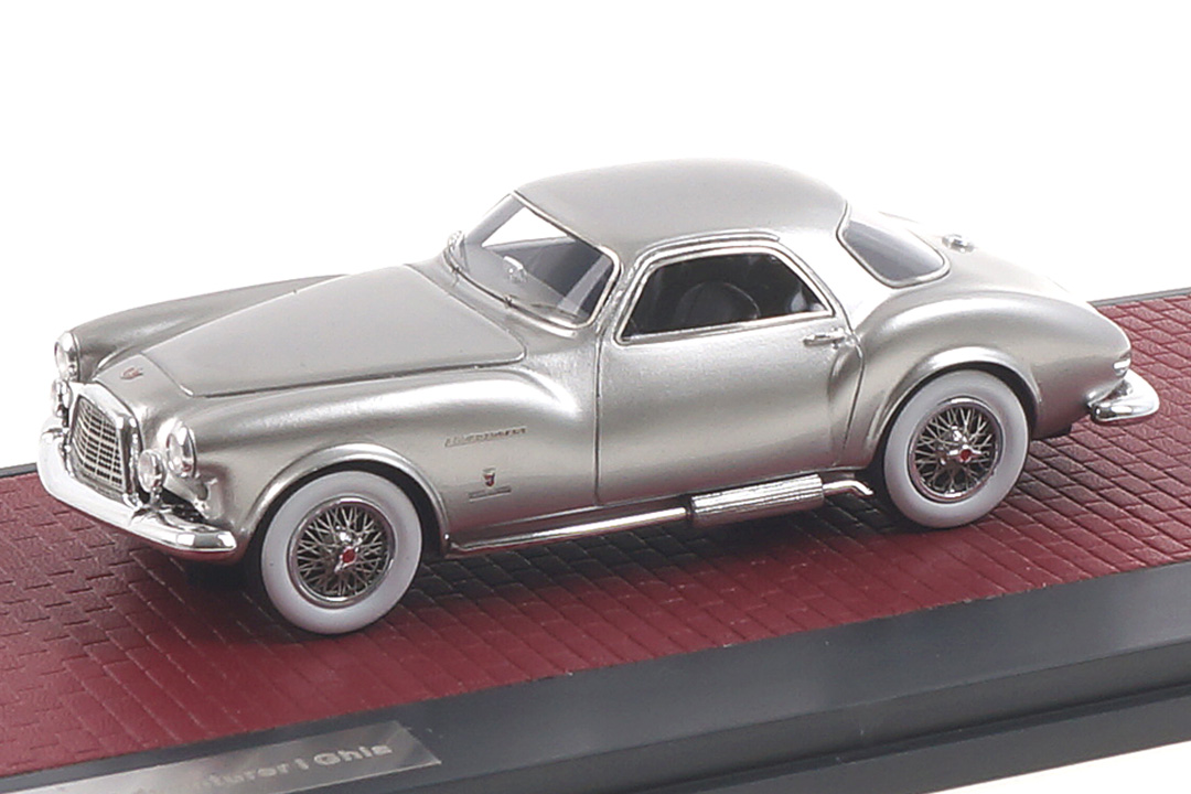 DeSoto Adventurer 1 Ghia silber Matrix 1:43 MX50403-012