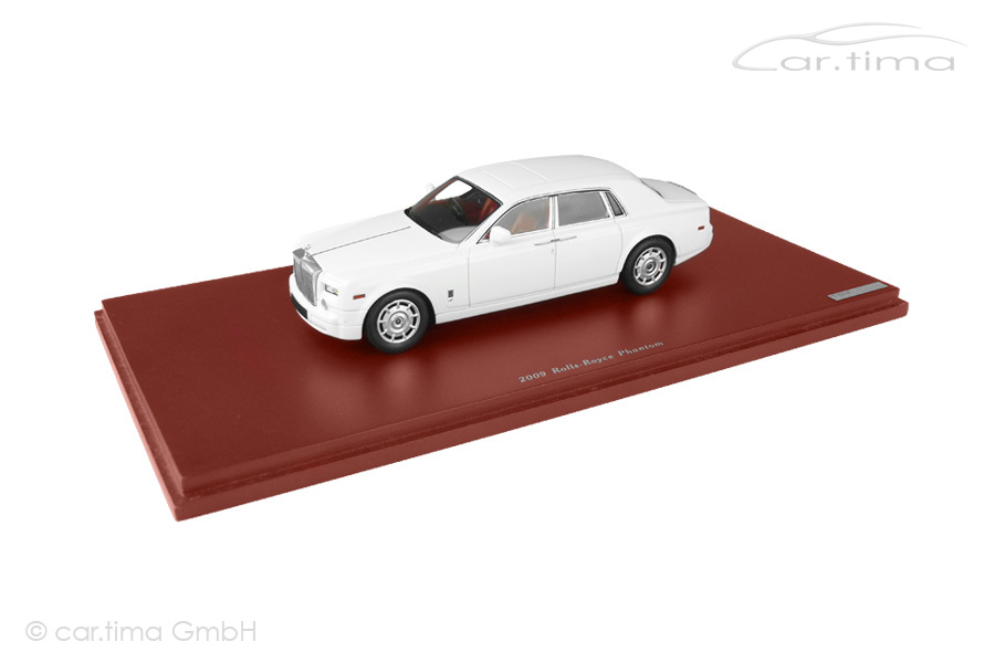 Rolls-Royce Phantom 2009 English white TSM 1:43 TSM114324
