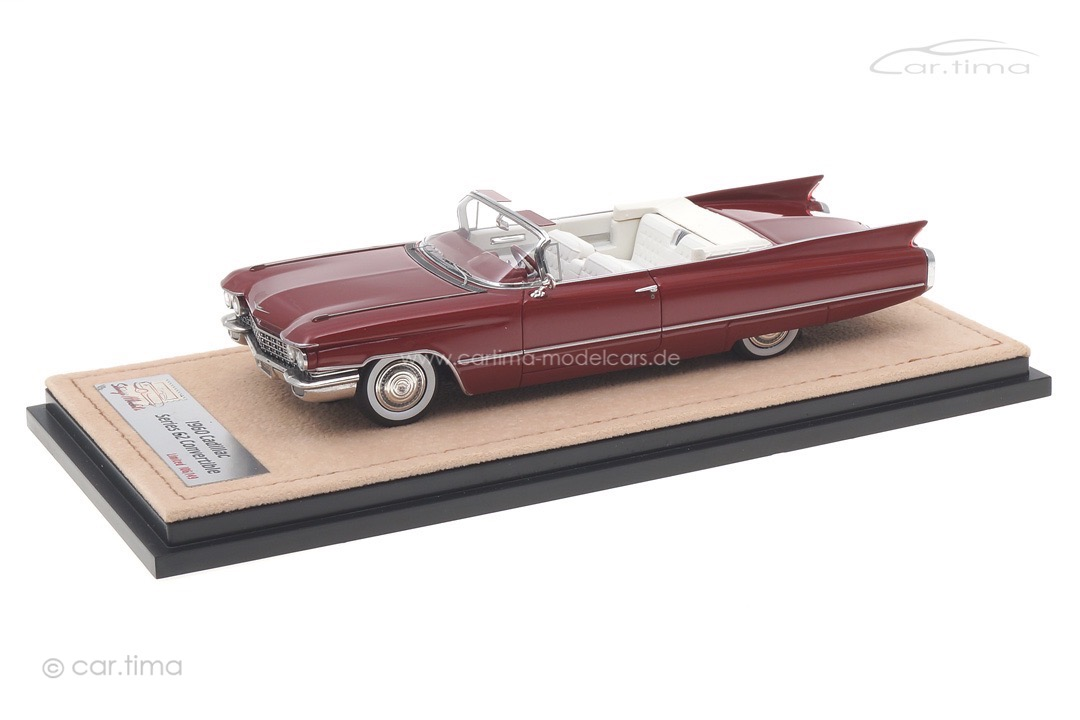 Cadillac Series 62 Convertible Pompeian red met. Stamp Models 1:43 STM60301